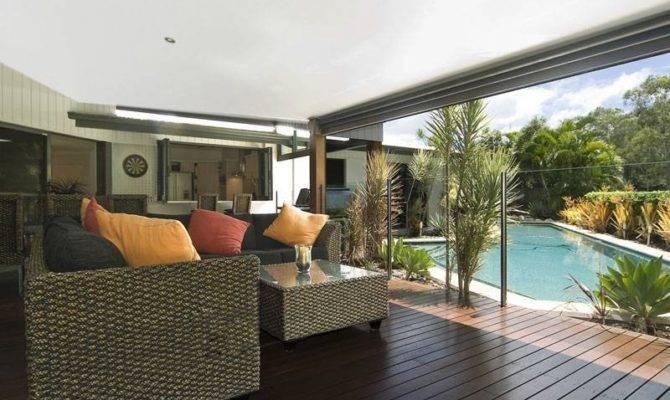 Indoor Outdoor Living Design Glass Balustrade