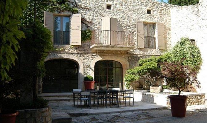 Inspiring Vintage French Courtyard Designs Garden Terrace