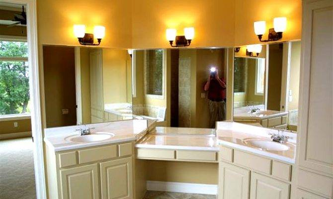 Jack Jill Bathroom Layout Large Beautiful Photos
