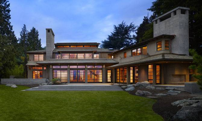 Japanese House Connecting Inside Garden Outside
