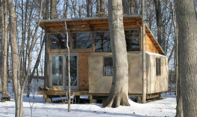 Jetson Green Reclaimed Straw Bale Bunkhouse