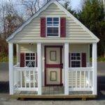 Jolly Good Ideas Luxurious Outdoor Playhouse