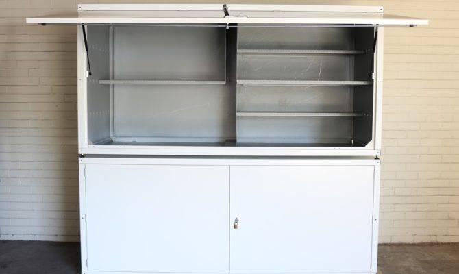 Keepit Apartment Storage Lockers Arrow Alpha Selector