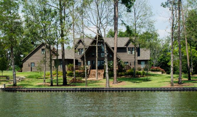 Lake Front Homes Brucall