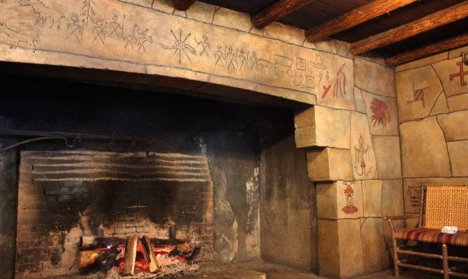 Lake Mcdonald Lodge Walk Fireplace