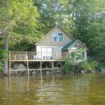 Lakeside Cottage Facing White Mountains Vrbo