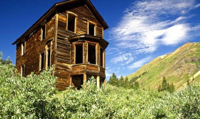 Landscape Bay Window House