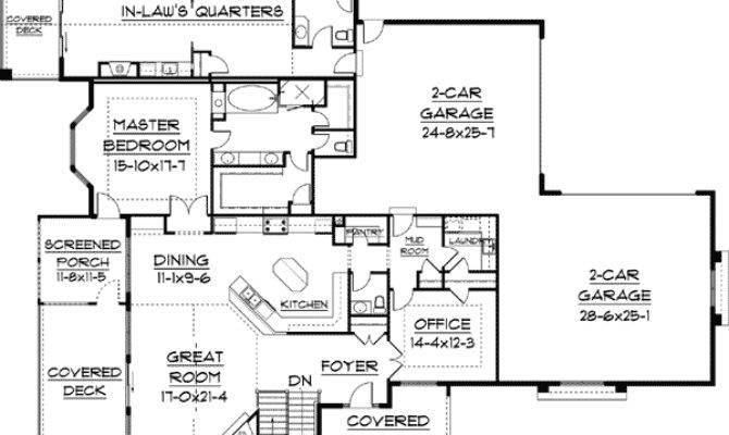 Law Quarters Plus Floor Master Suite