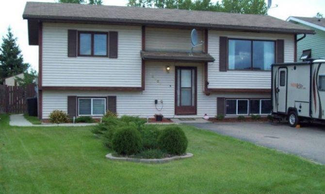 Level House Sale High Alberta Estates Canada