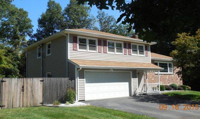 Level Split Style Home Wappingers Falls Real