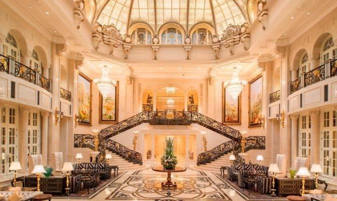 Live Like King Starwood Resorts Opens Amazing Castle