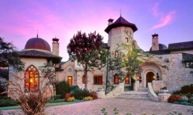 Live Like These Castle Homes Zillow Porchlight