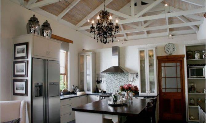 Living Room Vaulted Ceiling Chandie Four Windows Zebra