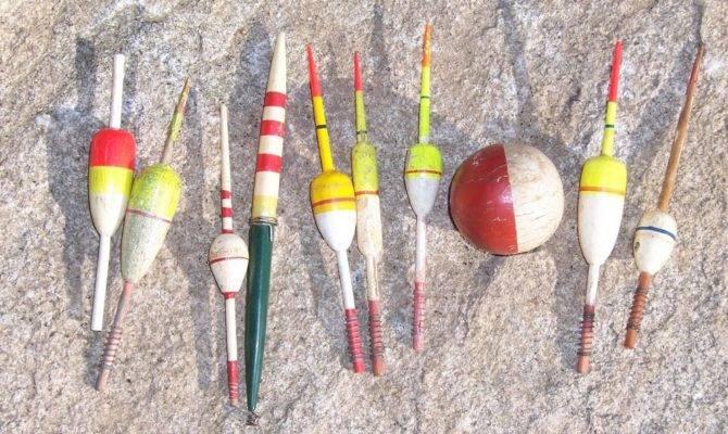Lot Vintage Wood Fishing Float Bobber Hand Painted Wooden