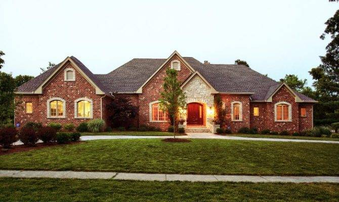 Louis Custom Ranch Traditional Exterior