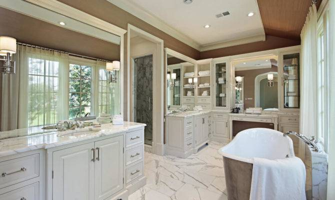 Luxurious Master Bathrooms Most Incredible Bathtubs
