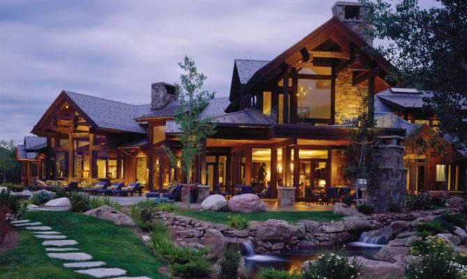 Luxury Bavarian Style Retreat Base Red Mountain