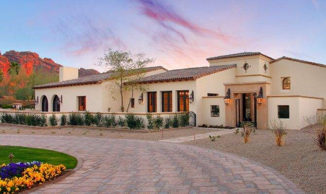 Luxury Mansions Celebrity Homes Most Popular Iconic