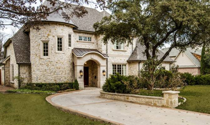Luxury Stone Homes Exterior Attention Detail