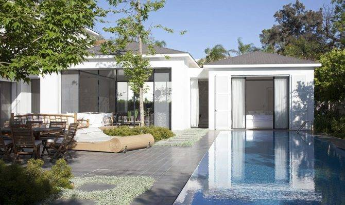 Maison Luxe Levy Chamizer Architects