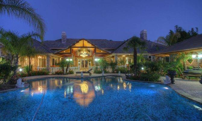 Mansions Can Rent Dirt Cheap Vacation