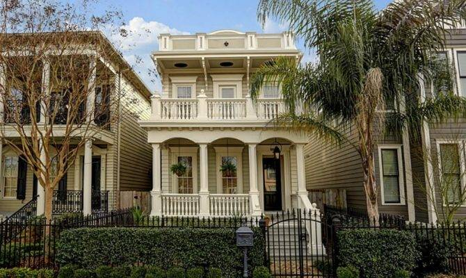 Mardis Gras Never Ends These French Colonial Homes
