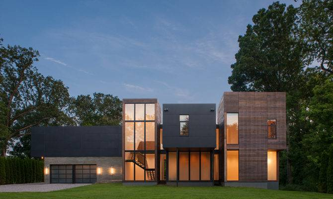 Massive Contemporary House Taking Great Views Maryland