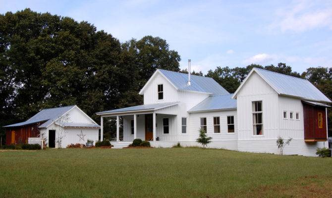 Modern Farmhouse Exterior Country Board