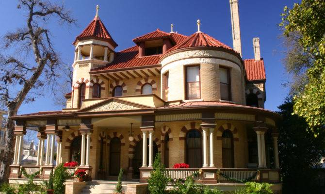 Most Beautiful Historic Neighborhoods America