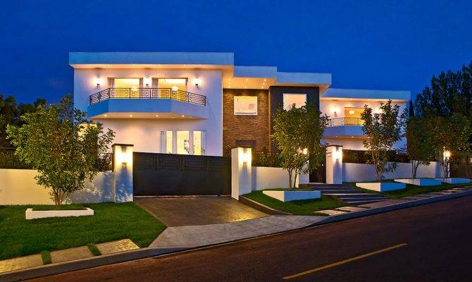 Most Expensive Modern House