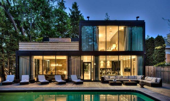 Most Gorgeous Glass House Designs
