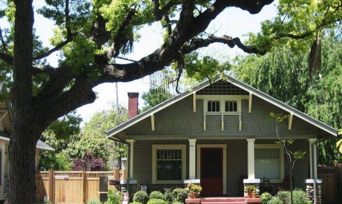 Most Important Characteristics American Bungalow Style