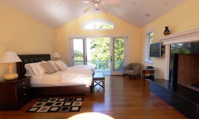 Most Rooms Master Bedrooms Grand Bedroom Suite