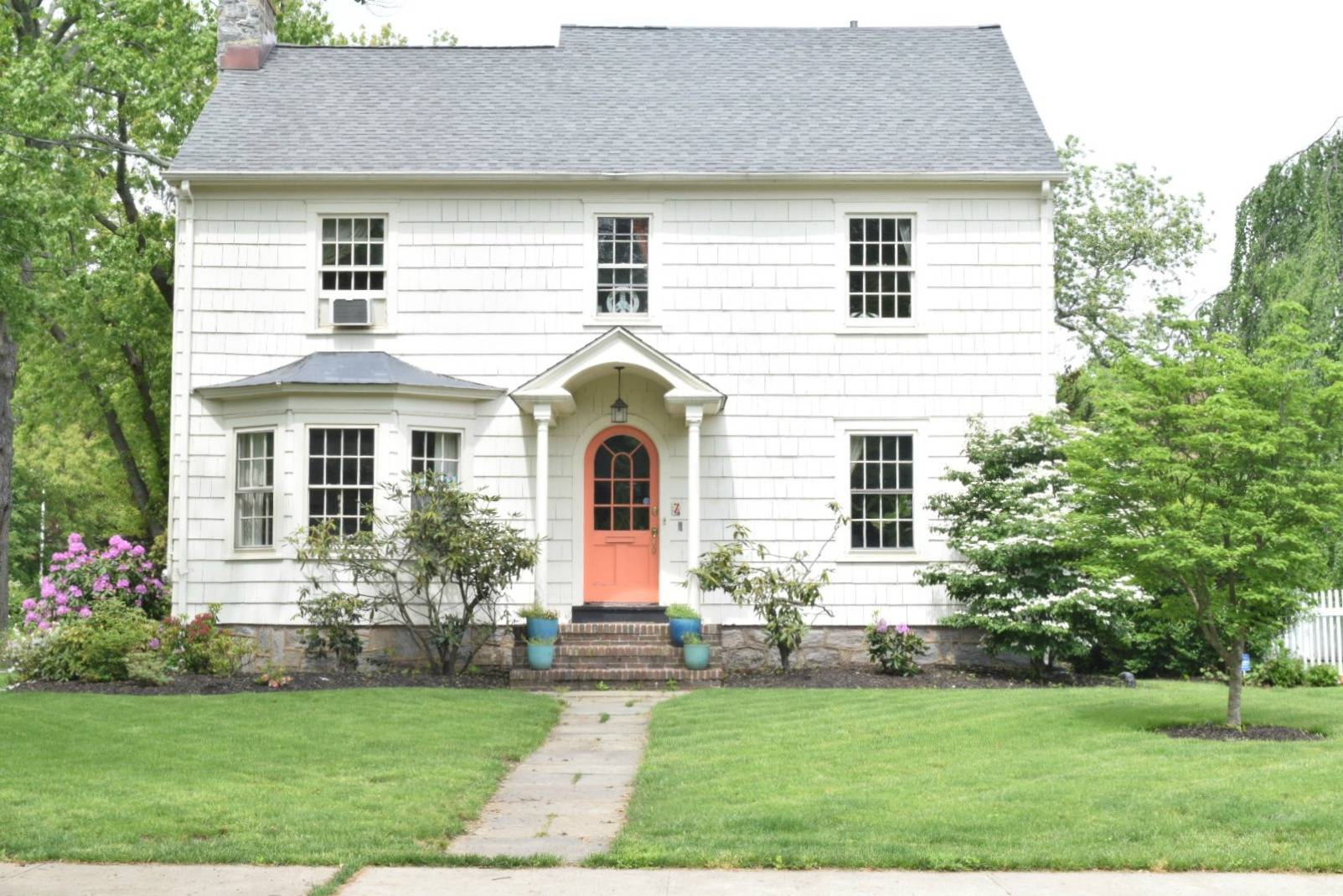 21 New England Style Home That Look So Elegant House Plans