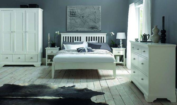 New England Style Bedroom