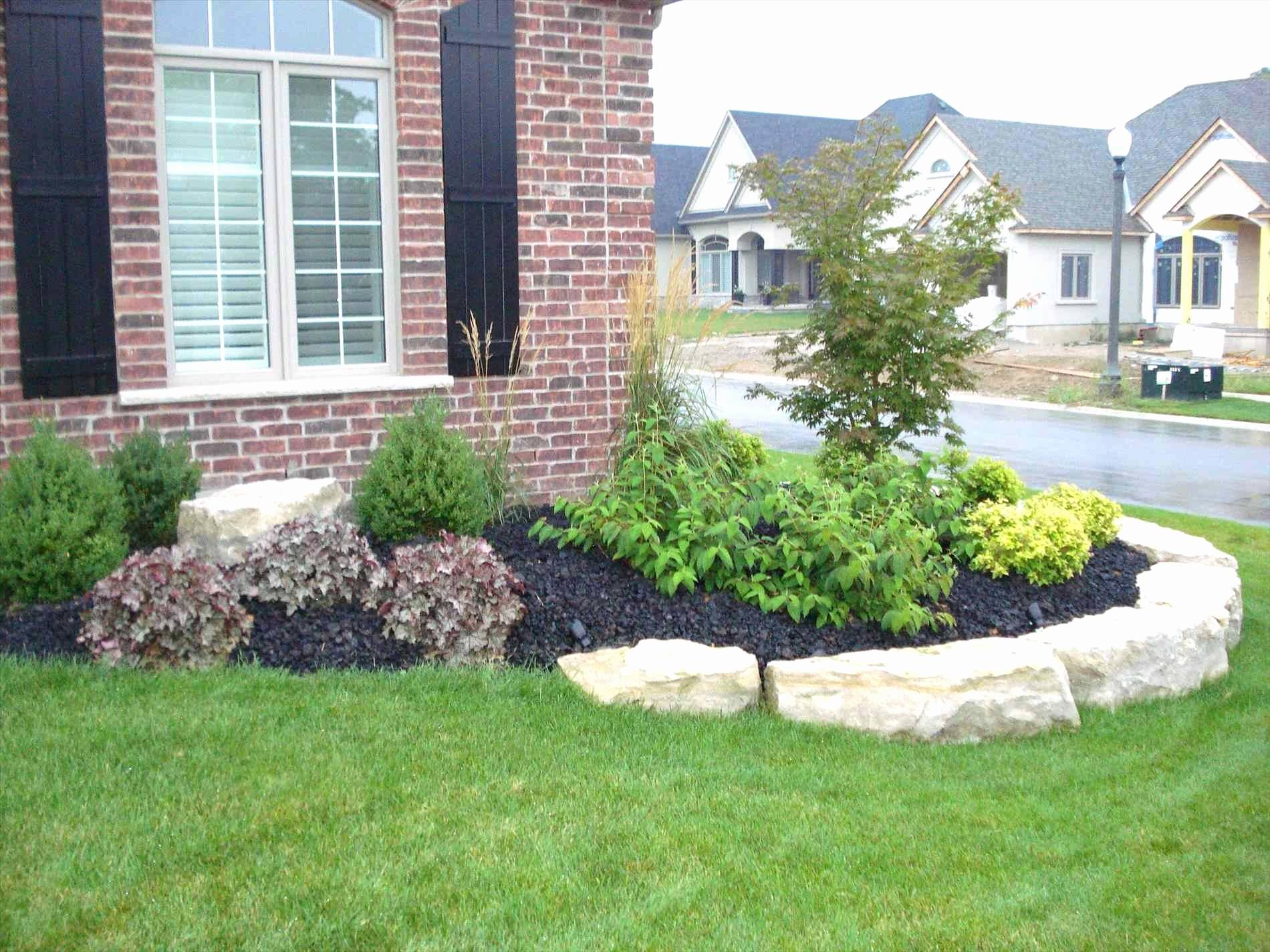 Stunning Landscaping Plans For Front Of House Ideas