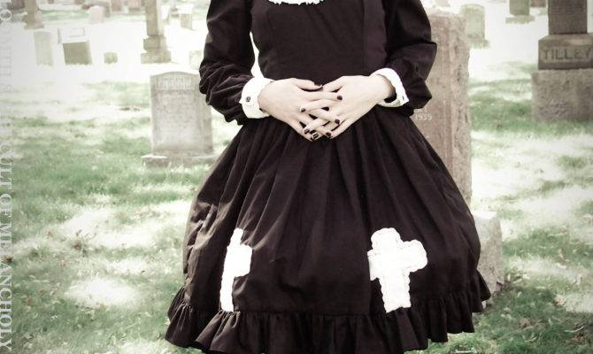 New Gothic Cemetery Photoshoot Gloomth Cult