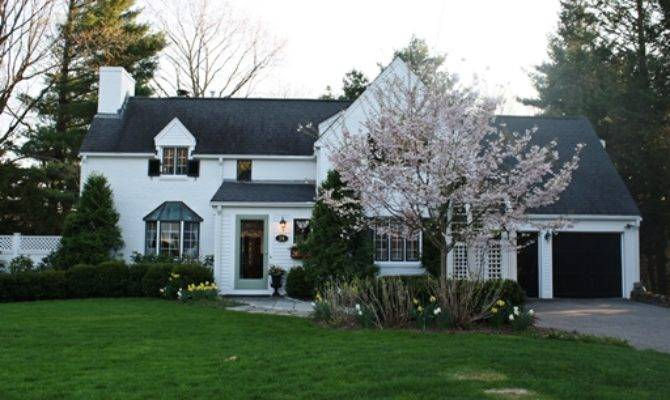 New Real Estate Listing Wellesley Romantic French