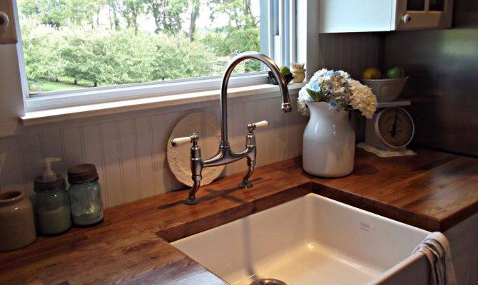 Nostalgic Kitchen Faucets Farmhouse Style Give Your