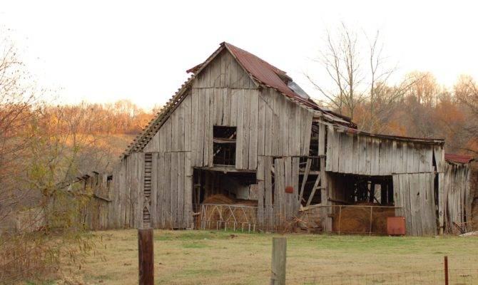 Old Country Barn Freeimages