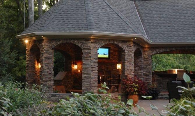 Outdoor Entertainment Area Maineville