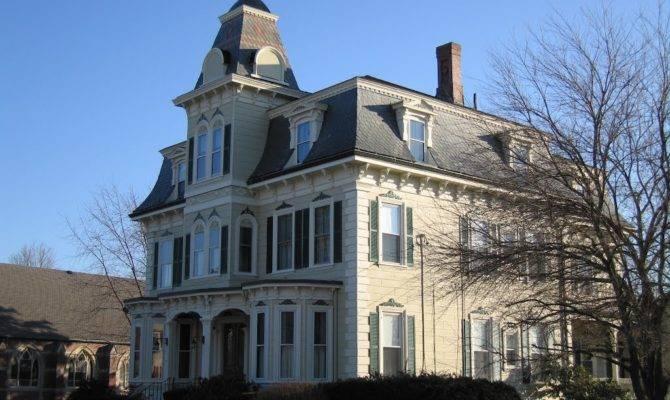 Panoramio Big Mansard House