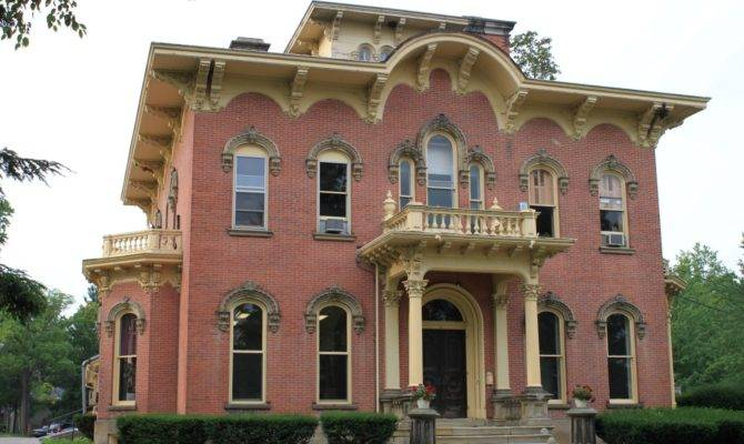 Picturesque Style Italianate Architecture George