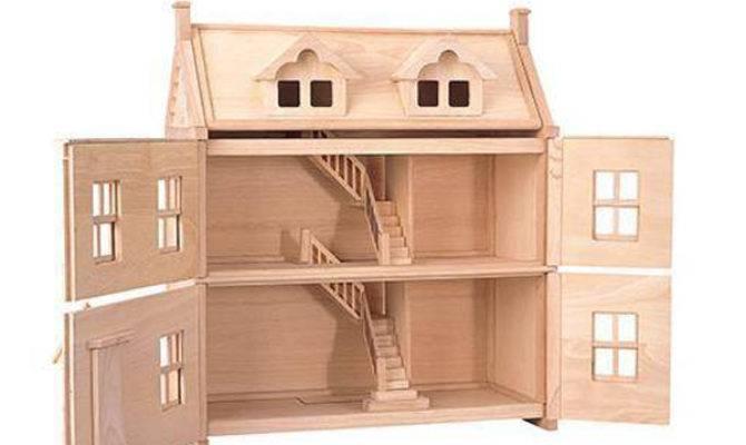 Plan Toys Victorian Dollhouse Elenfhant