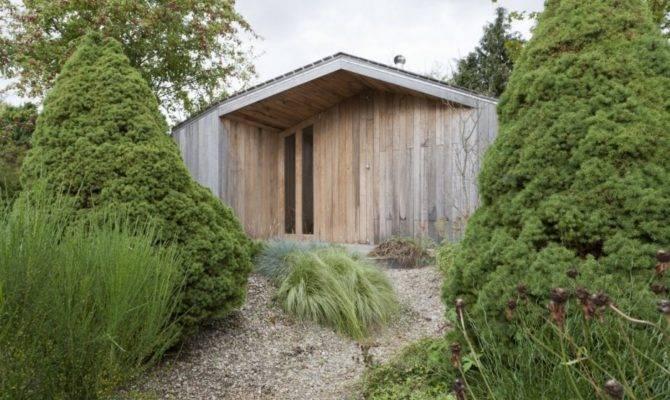 Poplar Garden House Design Onix Architects