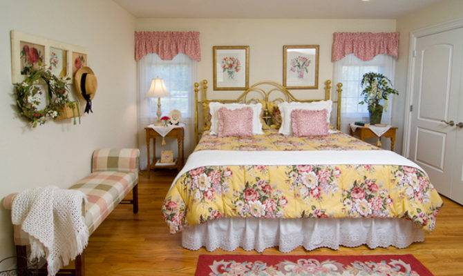 Pretty Country Inspired Bedroom Ideas Decoration