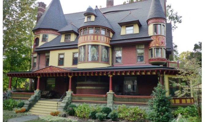 Queen Anne Victorian Mansion Featured May Tour