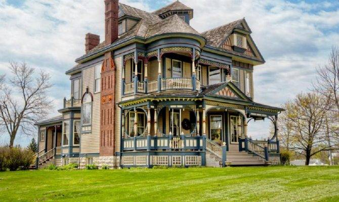 Queen Anne Victorian Sale Osceola Hooked