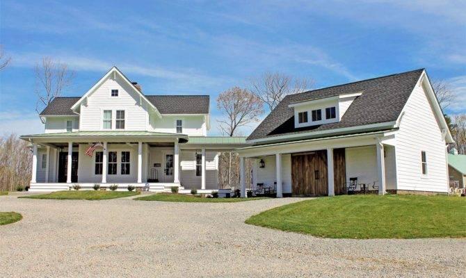 Quintessential American Farmhouse Detached Garage