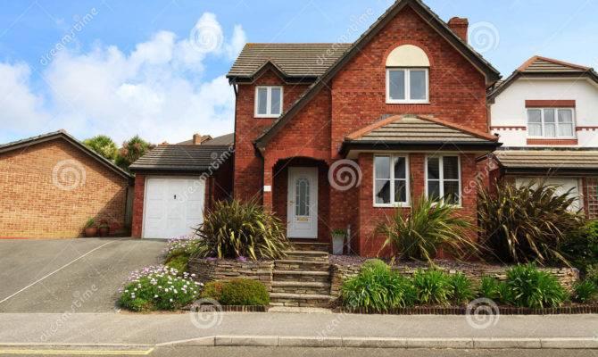 Redbrick English House Real